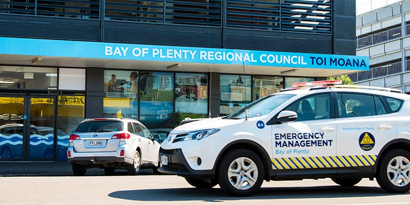 Civil Defence car in front of a Bay of Plenty Regional Council office.